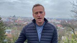 Alexéi Navalni anuncia que regresará a Rusia el próximo domingo.