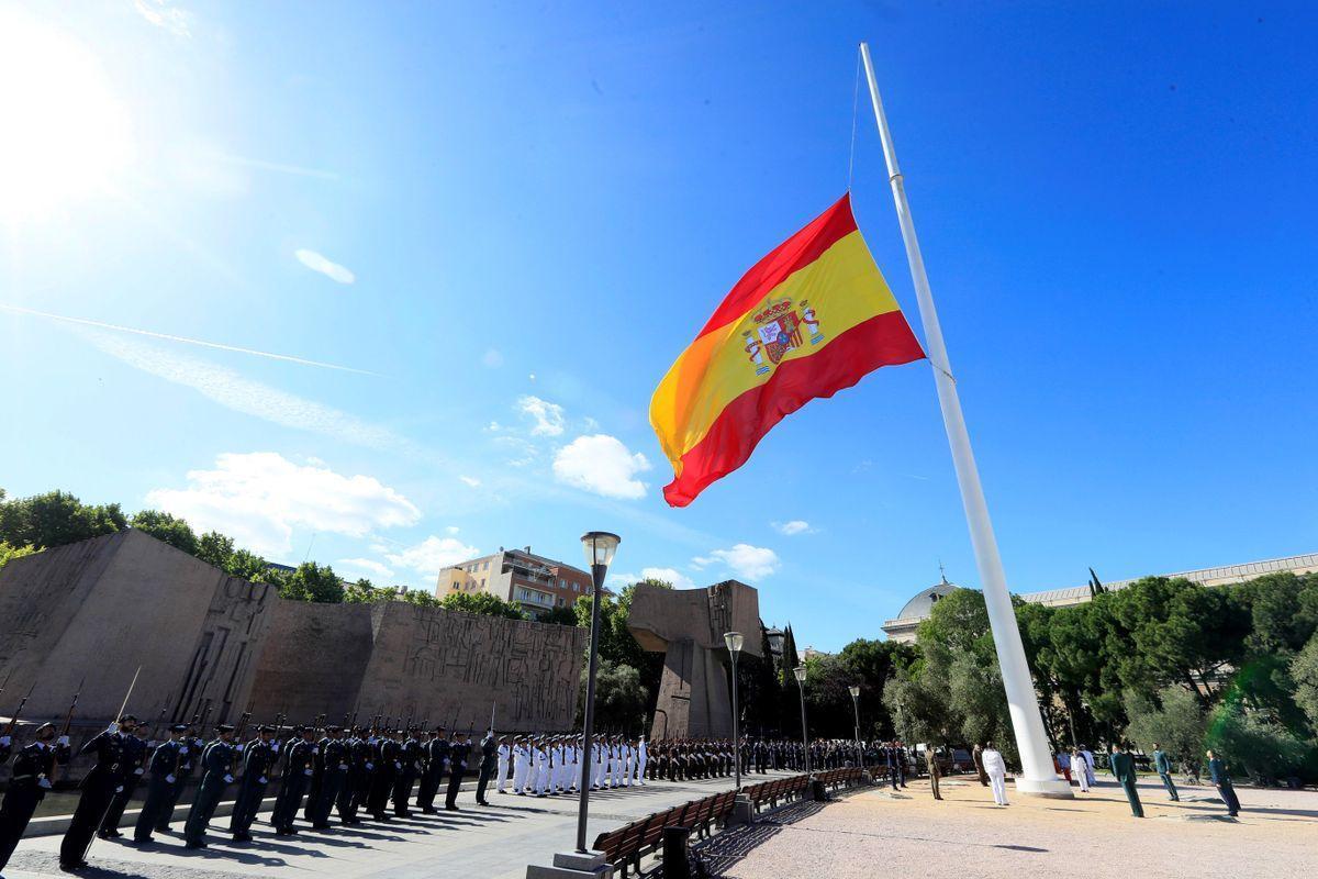 La Fiscalía de Madrid investiga el chat de militares retirados