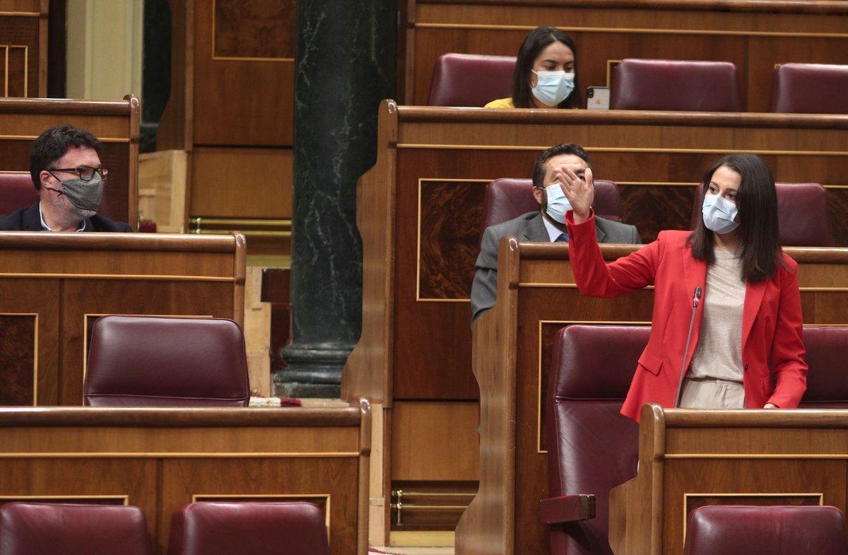La líder de Cs, Inés Arrimadas, interviene en la primera sesión de control al Gobierno en el Congreso, en Madrid (España) a 9 de septiembre de 2020.  El Gobierno contesta preguntas, entre otras, sobre el coronavirus o sobre los gastos de seguridad del Rey Juan Carlos desde anunció el traslado de su residencia fuera de España.