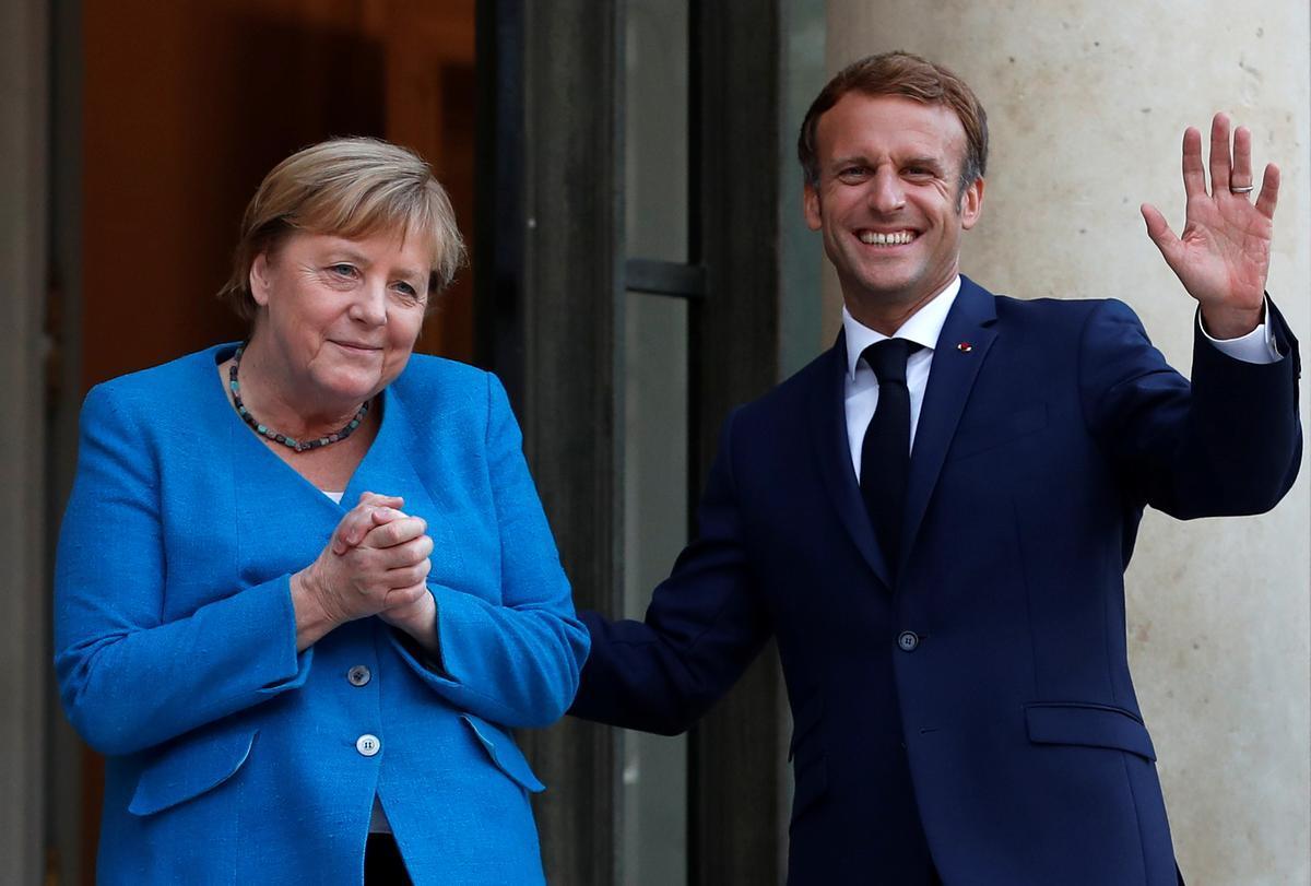 La cancillera alemana, Angela Merkel, con el presidente francés, Emmanuel Macron, en el Elíseo el pasado 16 de septiembre.