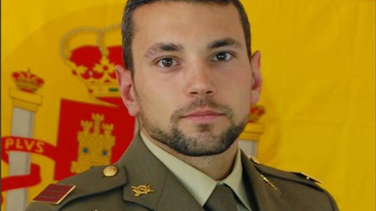 Mor un sergent de l'Exèrcit en un accident paracaigudista a Cartagena