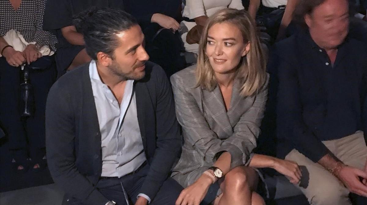 Marta Ortega y su novio, Carlos Torretta, en el desfile del diseñadorRoberto Torretta, durante la tercera jornada de la pasarela Fashion Week Madrid, el pasado 16 de septiembre.