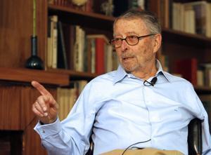 El exministro de Defensa Alberto Oliart.