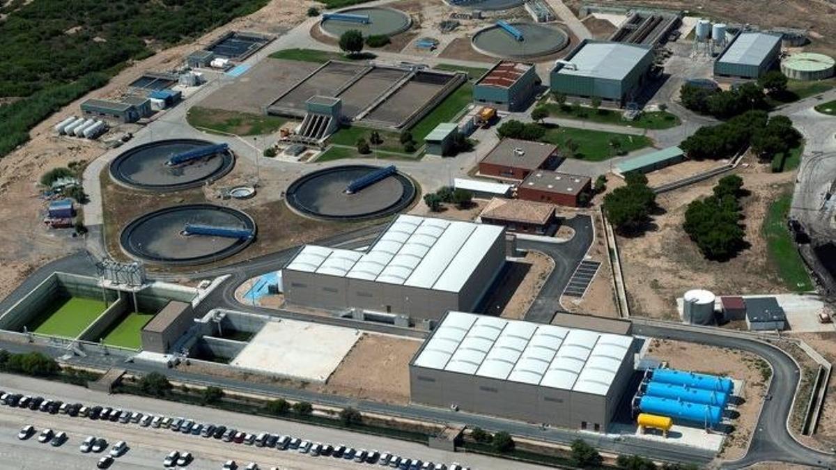Vista aérea de la depuradora de Vila-Seca y Salou, en la provincia de Tarragona.