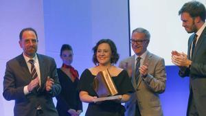EL PERIÓDICO otorga a Cristina Tardáguila su Premio de Periodismo.