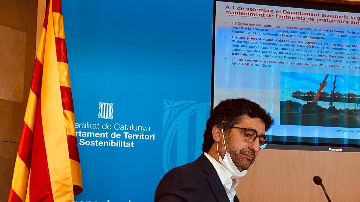 Puigneró durante la presentación a la prensa de la estrategia del Govern con las autopistas y la eliminación de peajes.