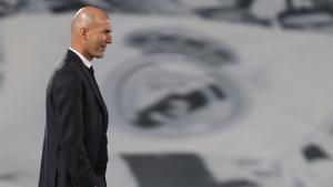 El técnico Zinedine Zidane durante el último partido del Real Madrid.