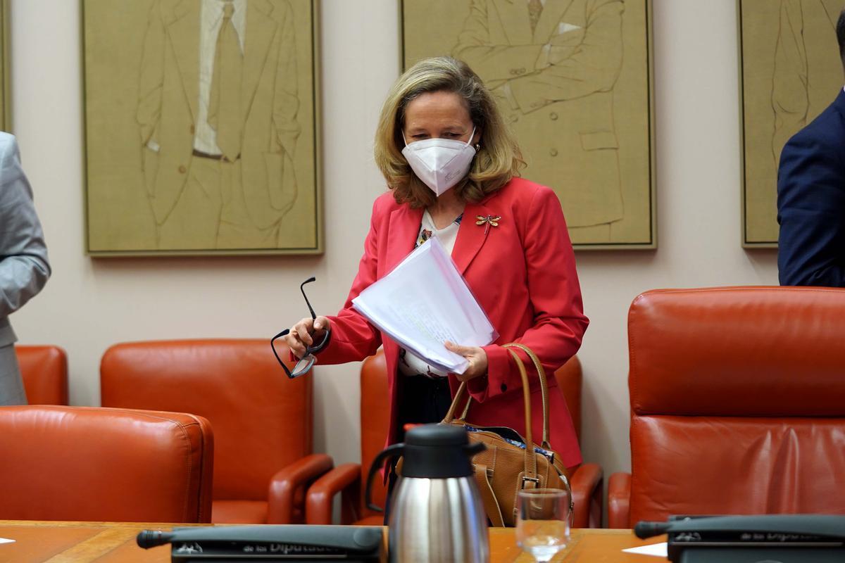 La ministra de Asuntos Económicos y Transformación Digital, Nadia Calviño, en una comparecencia en el Congreso.
