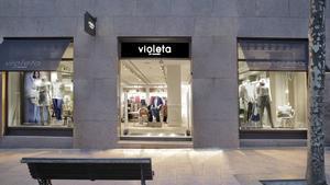 Mango i El Corte Inglés aprofundeixen en la seva aliança amb la marca Violeta