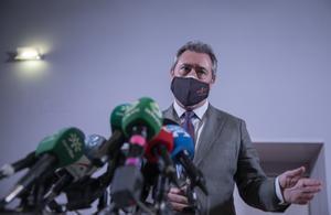El alcalde de Sevilla y candidato en las primarias del PSOE-A, Juan Espadas, el pasado 6 de mayo de 2021 en Alcalá de Guadaíra.