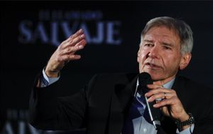 El actor Harrison Ford en conferencia de prensa.