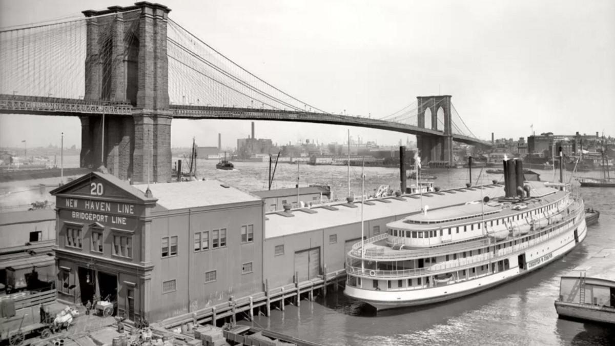 El puente de Brooklyn, a principios del siglo XX.