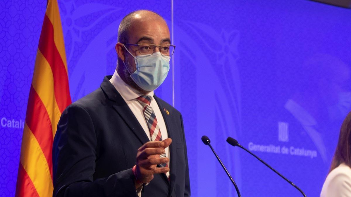 Las nuevas medidas restrictivas en el área de Barcelona durarán al menos 15 días, como ha explicado el 'conseller' de Interior, Miquel Buch.