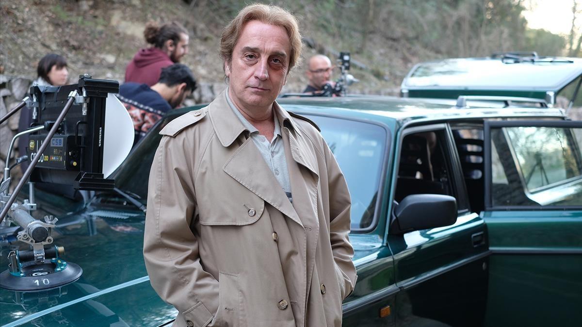 Gonzalo de Castro, en un descanso del rodaje de la miniserie 'Matar al padre'.