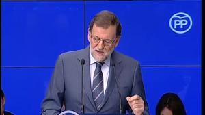 Mariano Rajoy, ha dejado muy claro ante la Junta Directiva Nacional de su partido que su primer objetivo es la aprobación de los Presupuestos para 2017 y del techo de gasto. El PSOE niega que vaya a apoyar sus cuentas, algo confirmado esta misma mañana por la presidenta andaluza Susana Díaz.