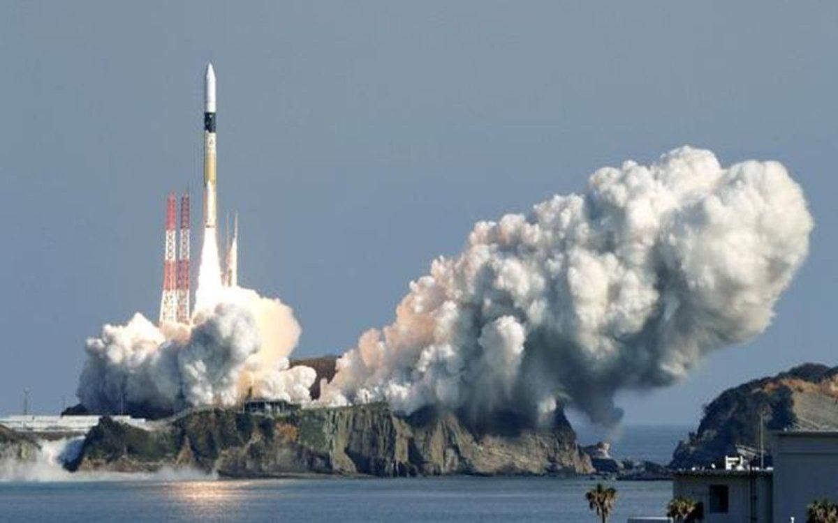 Lanzamiento al espacio de un satélite japonés.