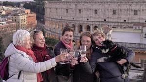 'Scott y Milá' mostra el viatge de Mercedes Milá a la Roma del Covid-19