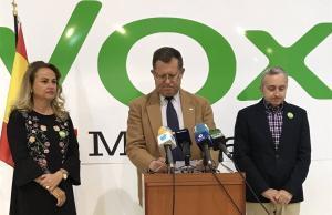Vox felicita el Ramadà als musulmans de Melilla però després recula