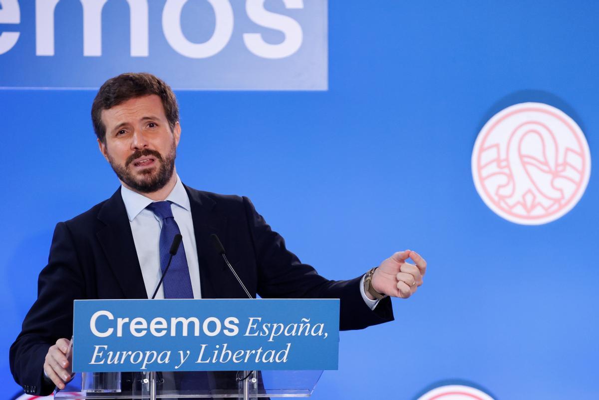 Pablo Casado pronuncia una conferencia sobre la economía española en el curso de El Escorial, el pasado martes.