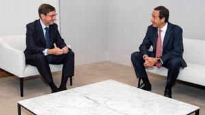 José Ignacio Goirigolzarri, presidente de la nueva CaixaBank, y Gonzalo Gortázar, consejero delegado.