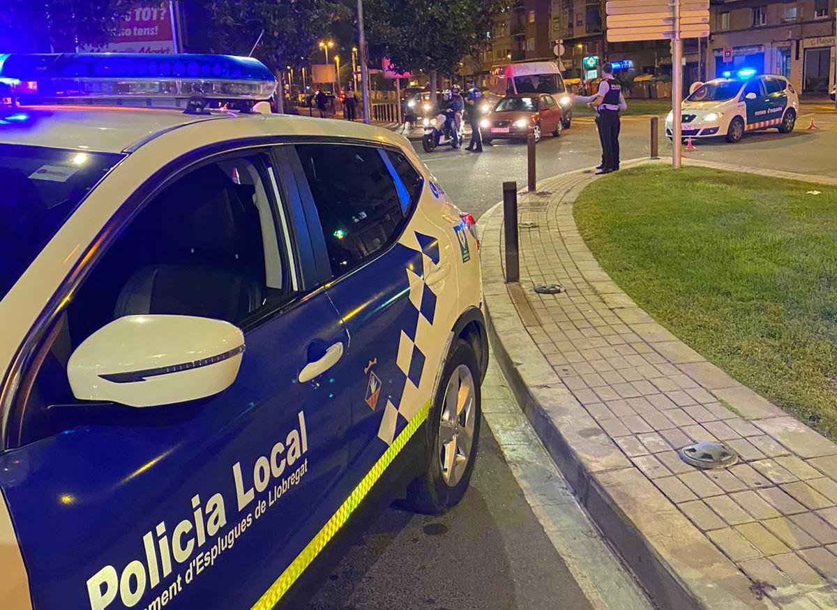 Control de la Policía Local de Esplugues de Llobregat