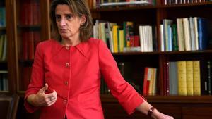 Teresa Ribera: «Hi pot haver fabricació de bateries a Martorell i altres territoris»