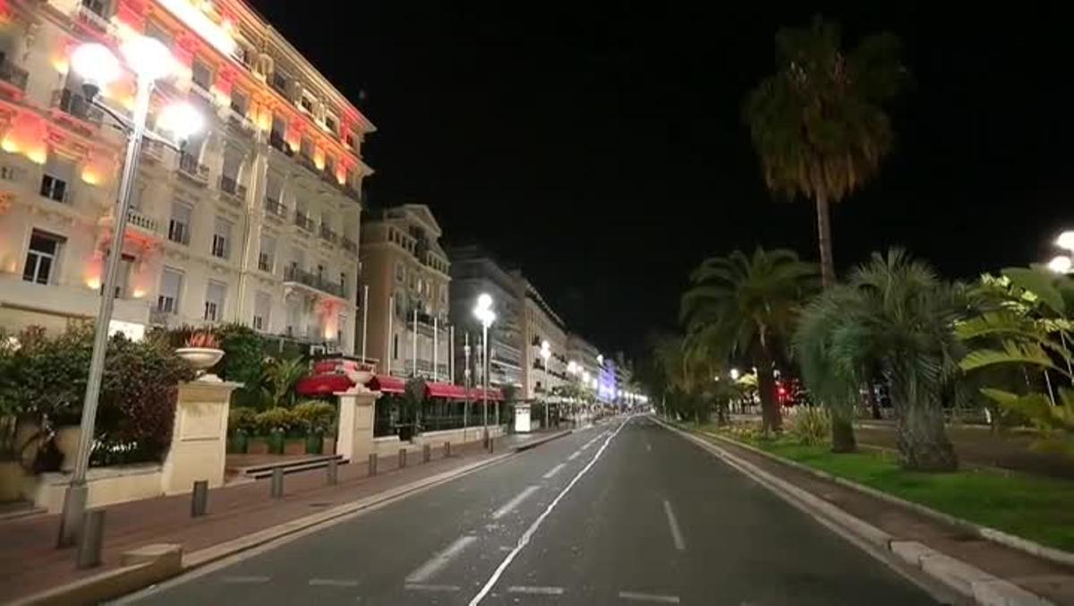 Niza, ciudad desierta bajo el toque de queda. También Perpinyà y Béziers han adoptado la medida.