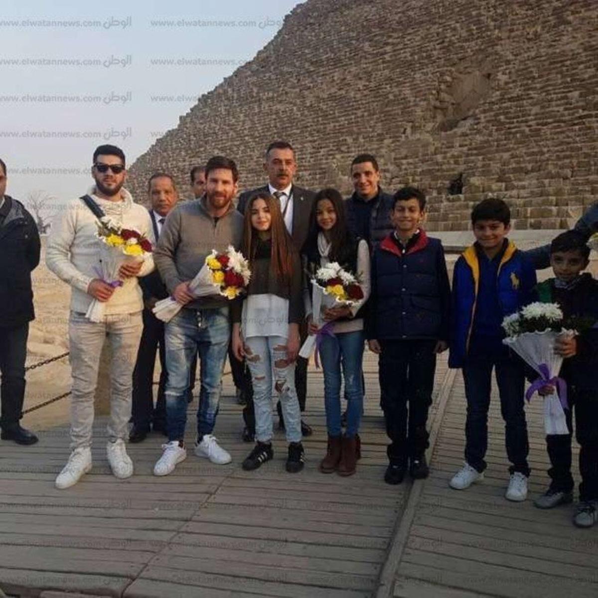 Messi, ante las pirámides.