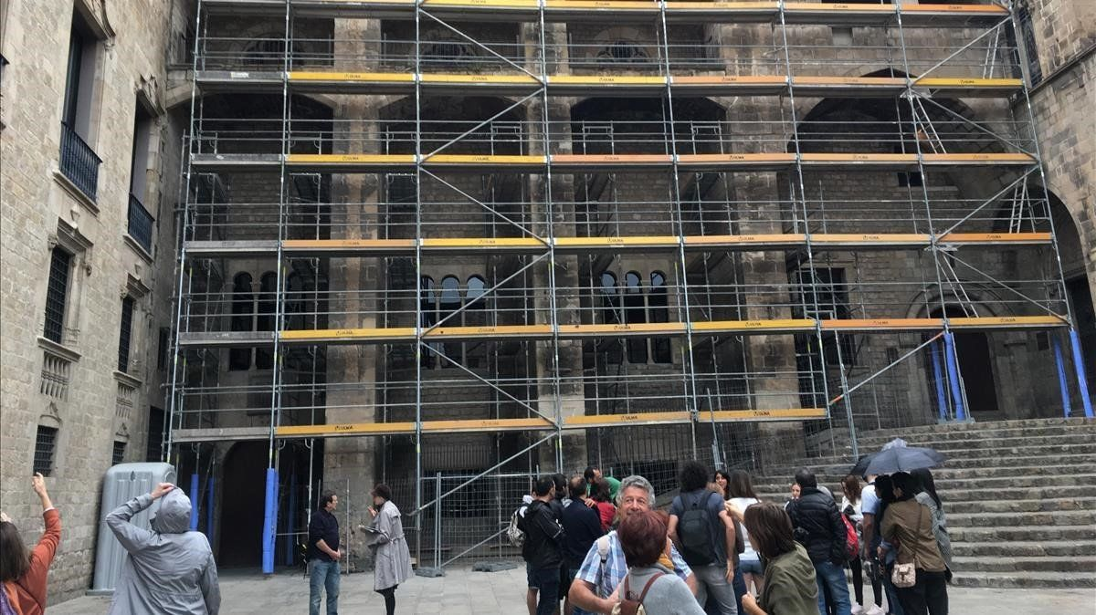 Barcelona reforça els pilars del Saló del Tinell