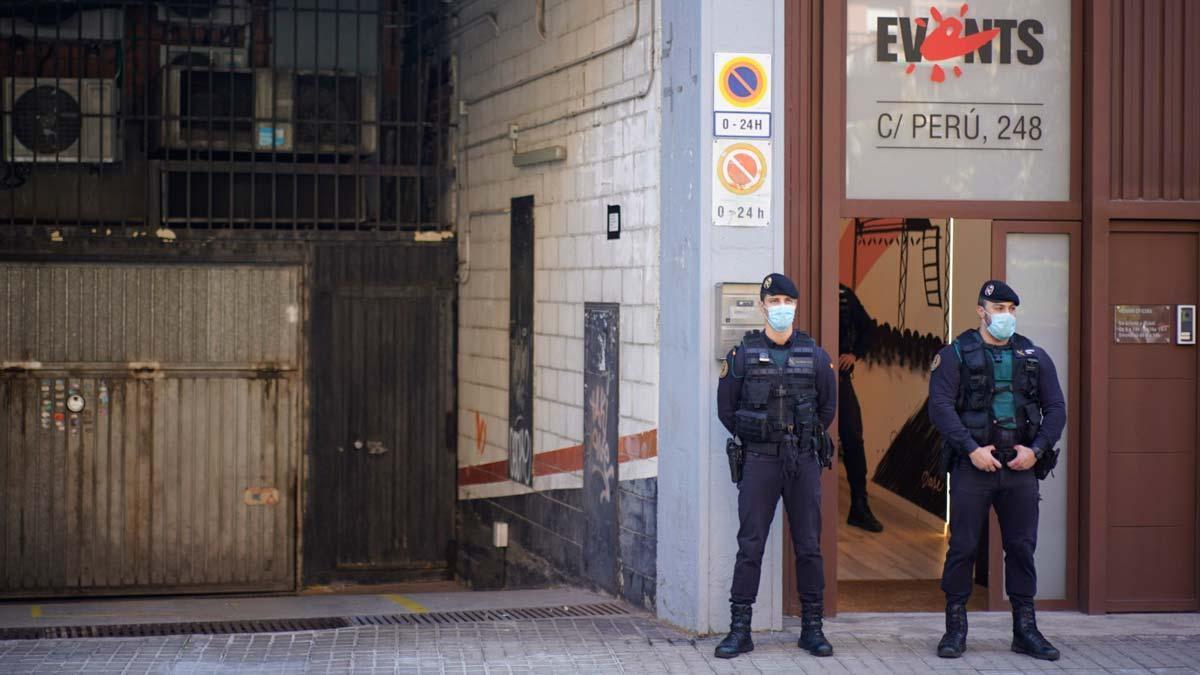 La Guardia Civil registra la empresa Events de Barcelona.