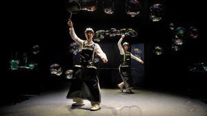 Las burbujas son las protagonistas del espectáculo.