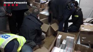 Macrocop a Barcelona a la venda de substàncies dopants per a gimnasos