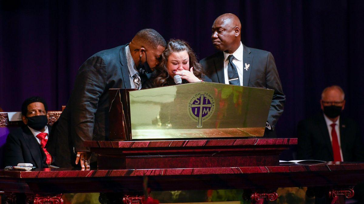 El funeral de Wright, una reivindicació per la reforma policial als EUA