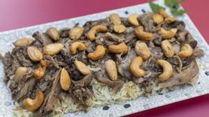 El 'ouzi': cordero con especias, arroz y frutos secos.