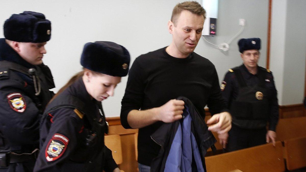 Alexéi Navalni, durante una audiencia en el Tribunal de Moscú, el 30 de marzo del 2017.