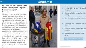 La cap de llista del PP per Lleida es fotografia llençant una estelada a les escombraries