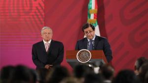 Andrés Manuel López Obrador y el durectior deMicrosoft Latinoamérica, César Cernuda Rego.