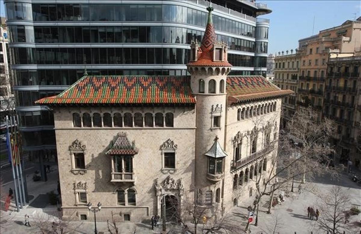 Fachada de la sede de la Diputación de Barcelona.