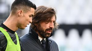 Cristiano Ronaldo y Pirlo.