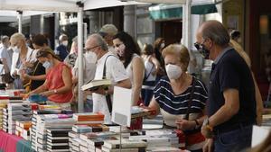 Amb el llibre de fons guanyen els lectors