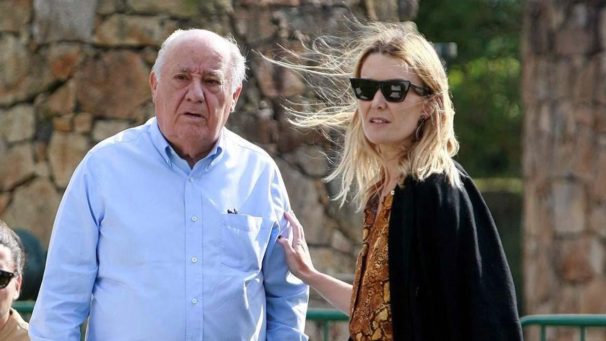Amancio Ortega ingresará casi 650 millones por el único dividendo que abonará Inditex. En la foto,Ortega ya su hija Marta durante el Concurso de Saltos Internacional enA Coruna.