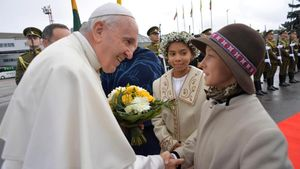 El Papa reclama atención para detectar los rebrotes de los totalitarismos