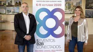 Pere Navarro, delegado del Estado en el CZFB y la directora general, Blanca Sorigué, en la presentacióndel BNEW.