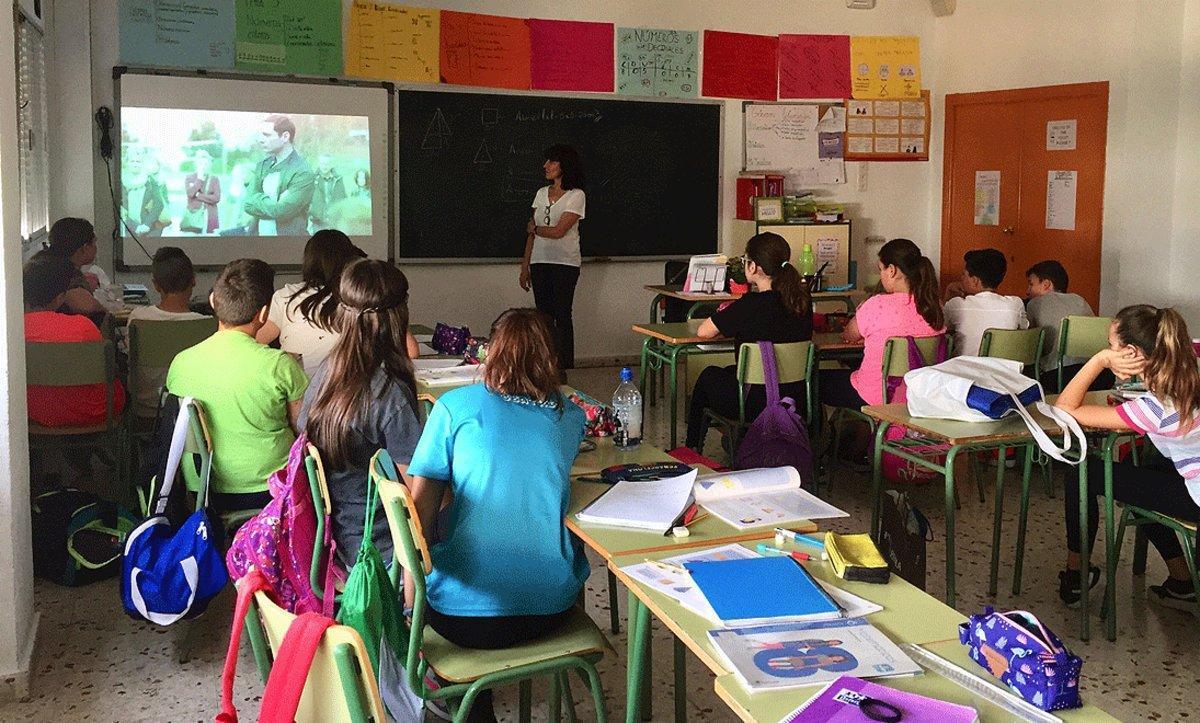 Momento de una charla de diversidad afectivo-sexual, familiar y de género en un colegio de Murcia.