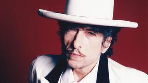 Bob Dylan se enfrenta a una demanda millonaria tras la venta de su catálogo a Universal