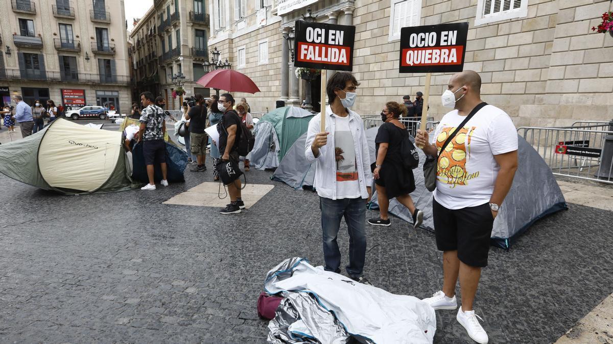 'Som Oci Nocturn' convoca una huelga de hambre y una acampada indefinida en Sant Jaume