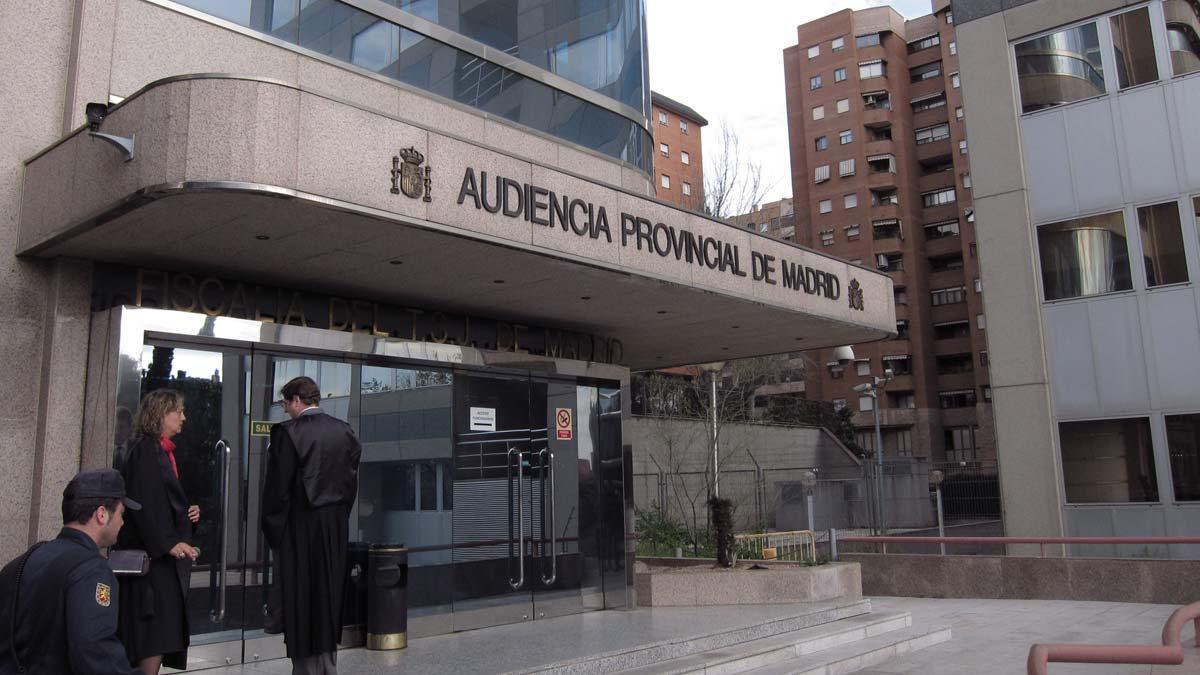 Entrada de la Audiencia Provincial de Madrid.