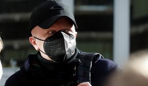 Paco Sanz, el hombre de los 2.000 tumores, acepta 2 años de cárcel por estafa.