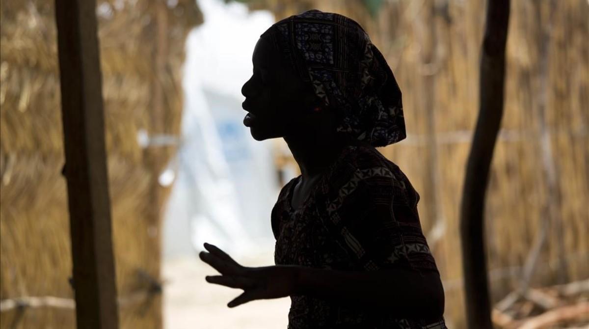 Una chica nigeriana de 15 años en un campamento del norte del país.