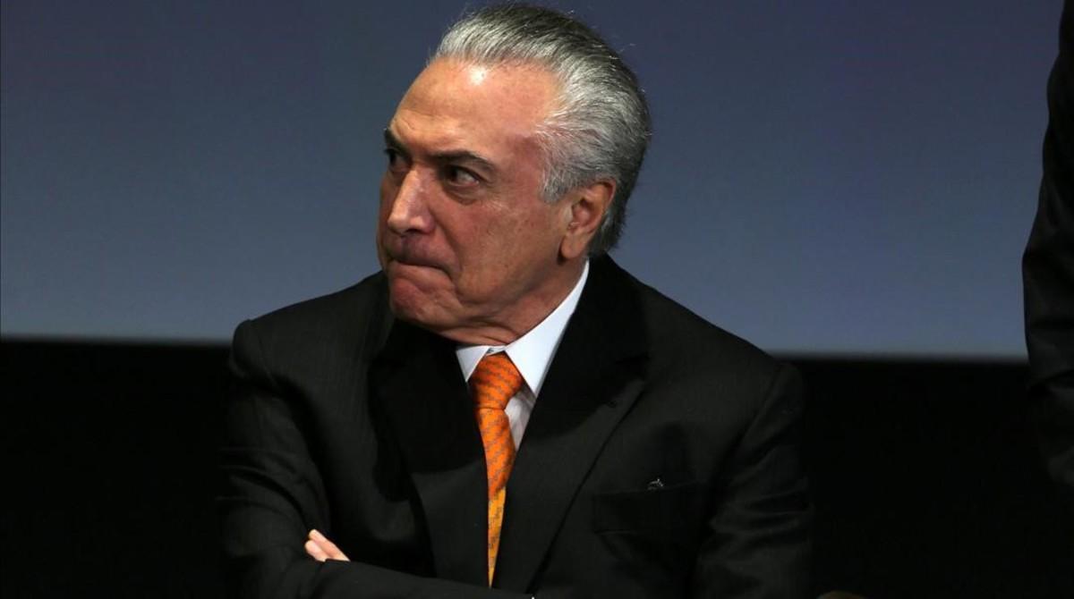 Temer evita de moment la destitució com a president del Brasil